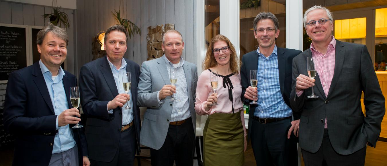 KNHB en De Boer Structures verlengen samenwerking