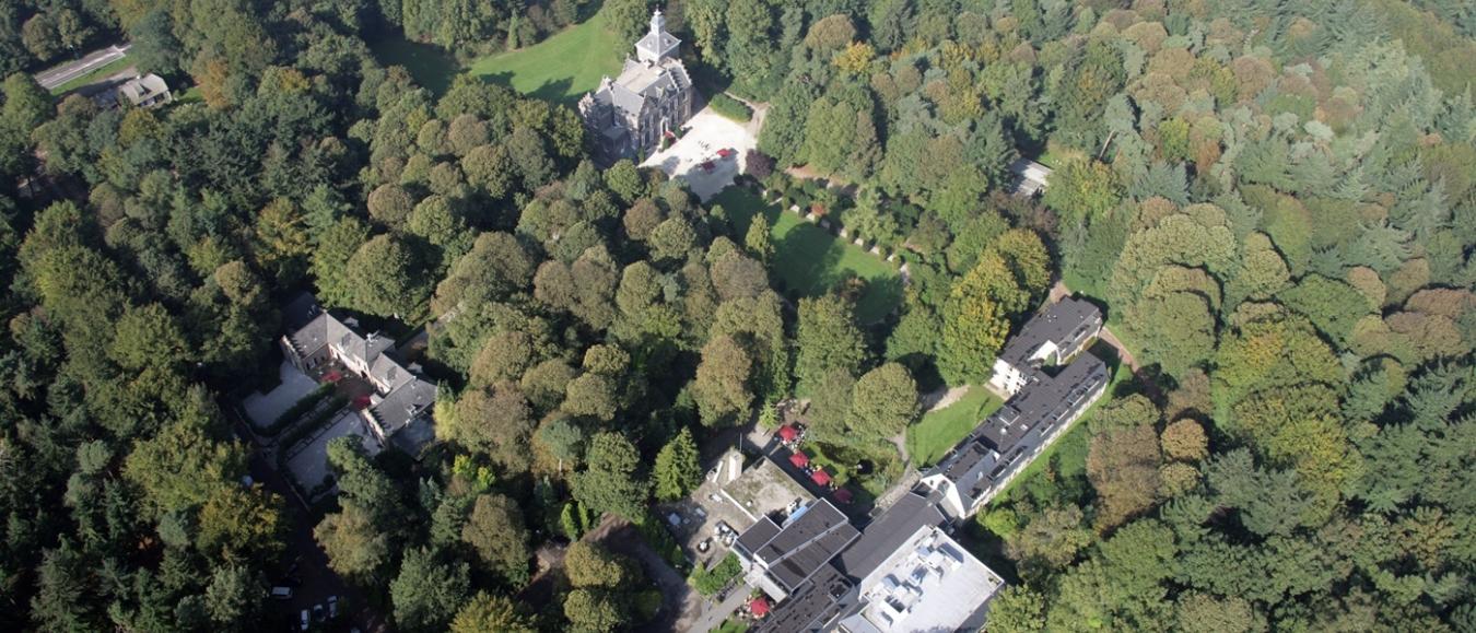 Landgoed Zonheuvel met alle gebouwen; Paviljoen, Maarten Maartenshuis, Koetshuis en Lodges