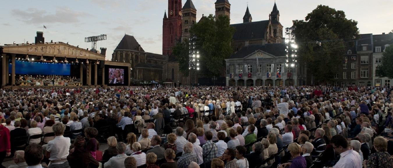 Huiskamer De Groote Sociëteit nieuwe partner Maastricht Convention Bureau