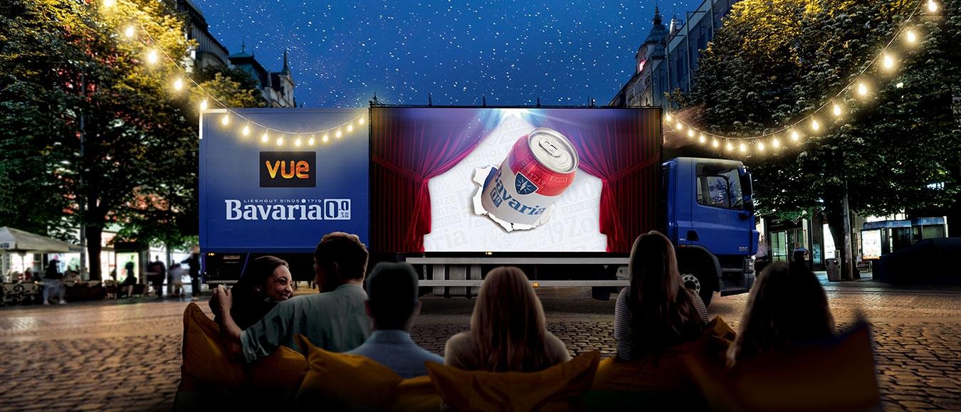 Vue en Bavaria rijden door Nederland met de Movietruck
