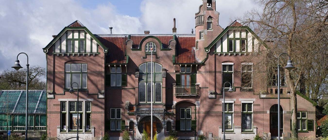 100-jarige Hendrick opent deuren museumhuizen