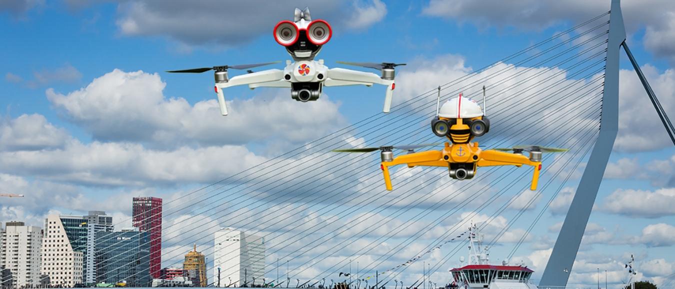Pratende drone-robots nemen publiek mee door Rotterdamse haven