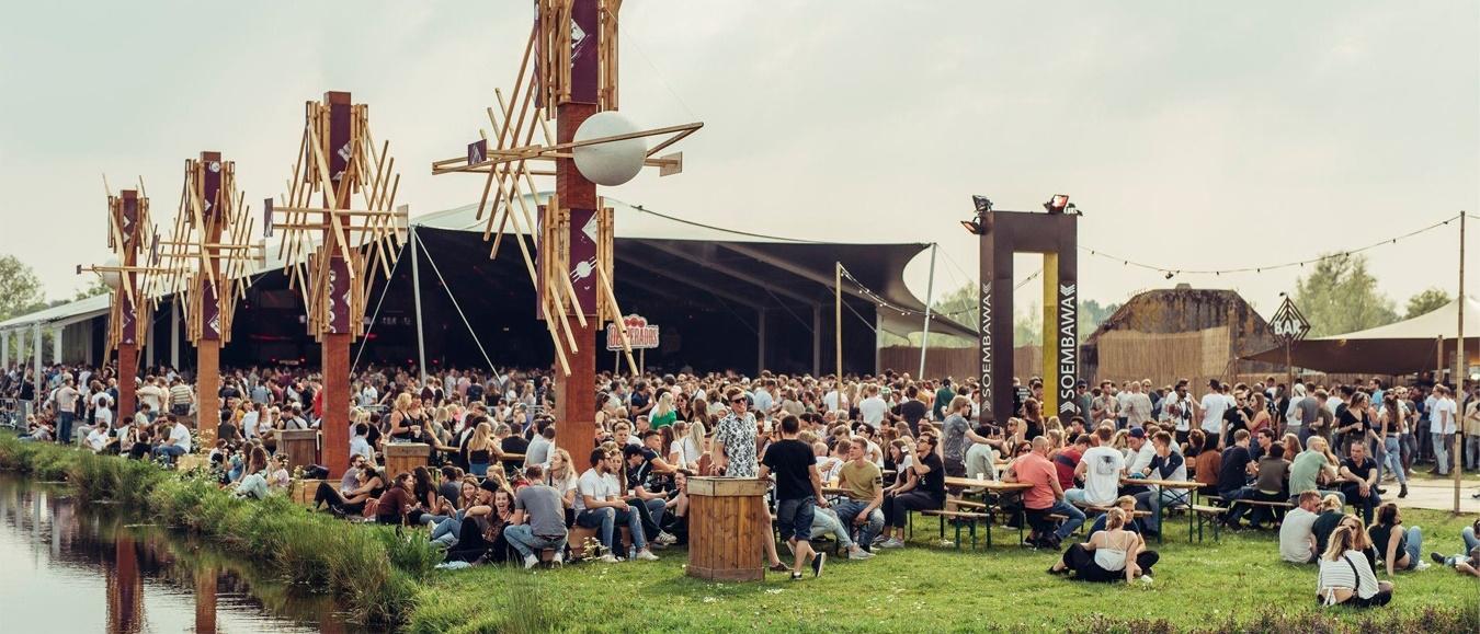 Donselaar Tenten levert festivaltenten aan Soenda