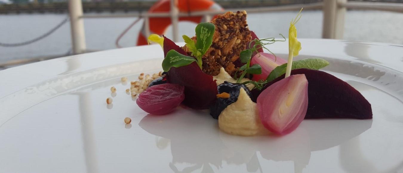 Samenwerking Cruise With Us & Vineyard Catering