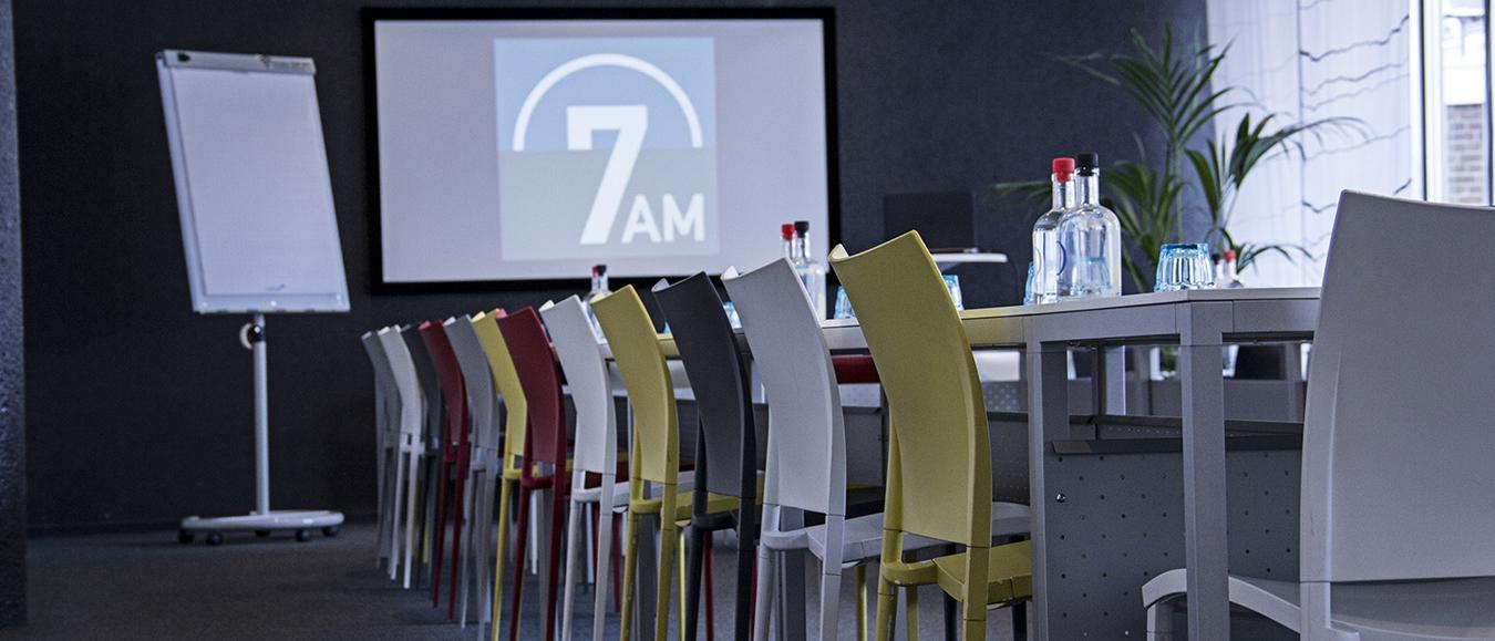 7AM: vergaderen nabij het politieke hart van Nederland