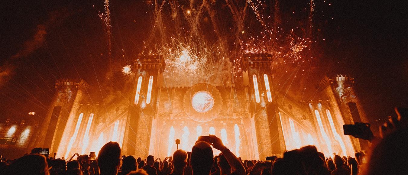 Tomorrowland organiseert magisch Tomorrowland 31.12.2020