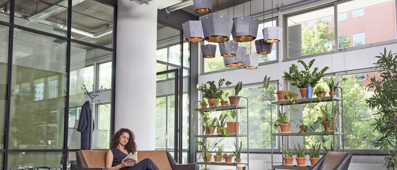 Designlampen van Amsterdams grachtenplastic