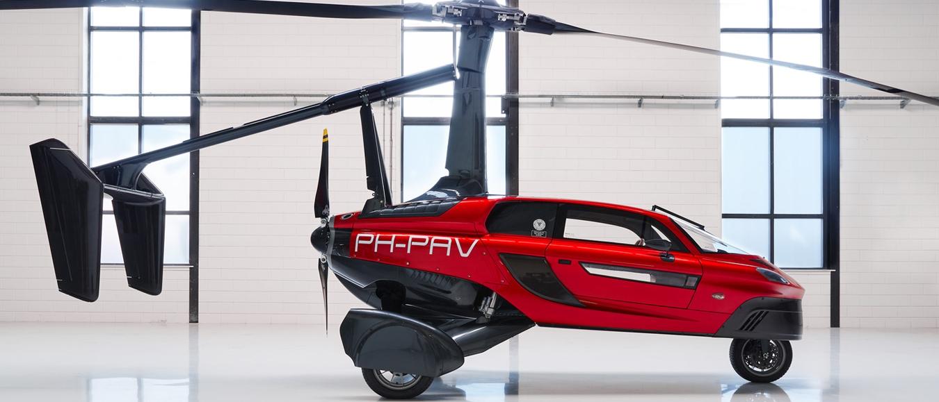 's Werelds eerste vliegende auto in Utrecht
