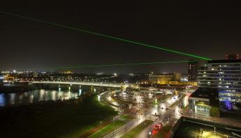 Laser Forum verlicht kunstproject Connecting Light