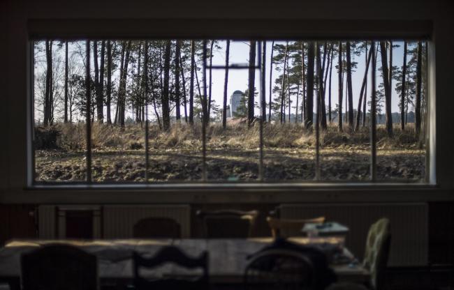 Uitzicht op het iconische Zendgebouw van Radio Kootwijk