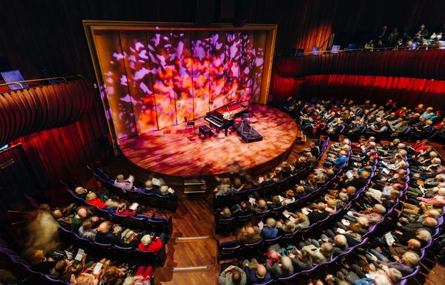 Klassiek verbindt met modern in Stadsschouwburg & Philharmonie Haarlem