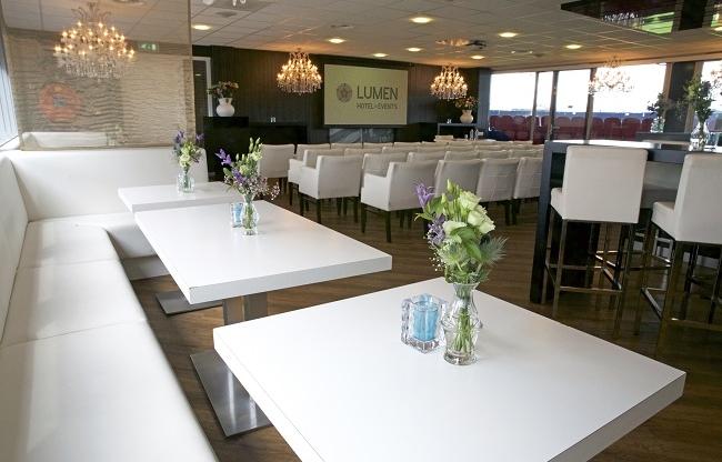 Business Loge - Lumen Hotel & Events