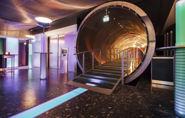 Jaarbeurs Media Plaza - Toegangsbrug naar een nieuwe wereld