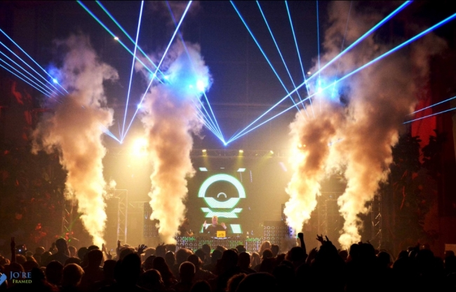 ADE feest lasers special effects