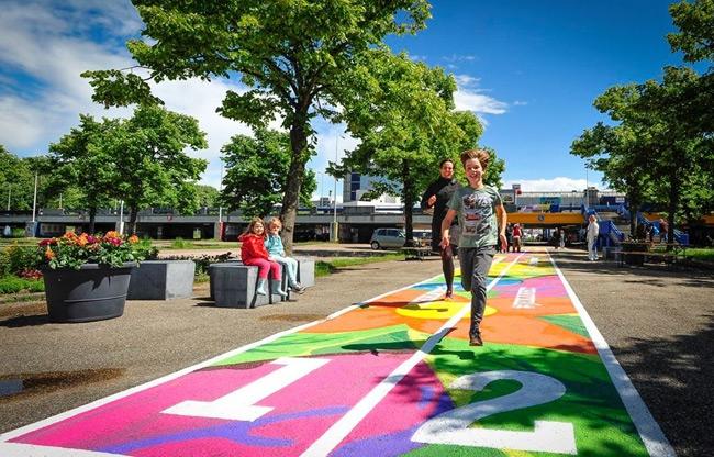 Kleurrijke atletiekbaan Amsterdam