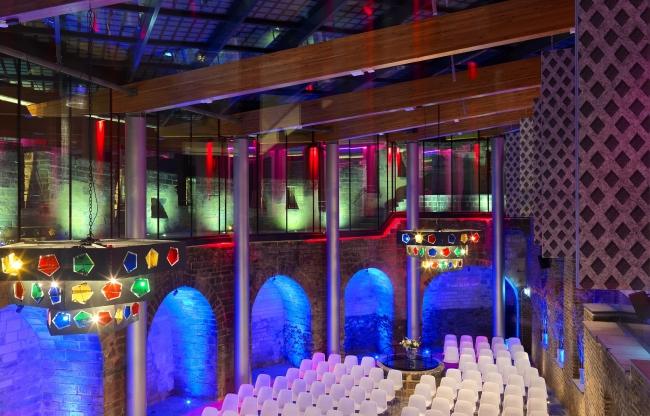 Binnenplaats in congresopstelling voor 170 gasten