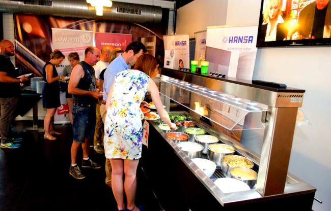 Geniet van onze heerlijke catering: BBQ, buffetten of gerechten A La Carte