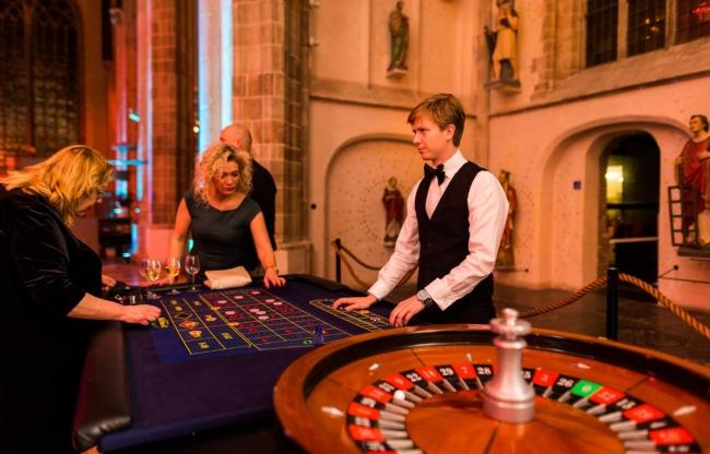 casino feest organiseren inclusief roulette tafel