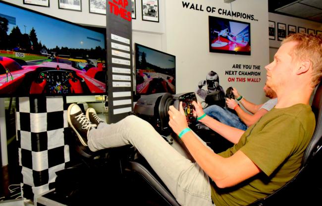 Ook mogelijk: simulatoren tijdens je evenement, kan met of zonder VR!