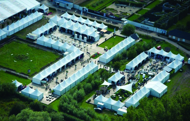 Veldeman tentstructuren - tentendorp buitenbeurs