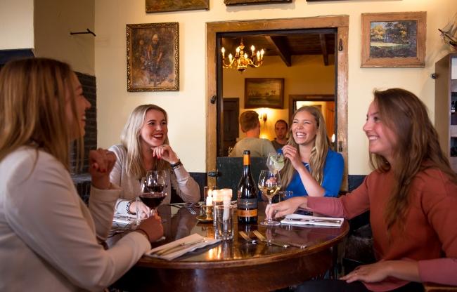 Dinertafel in restaurant