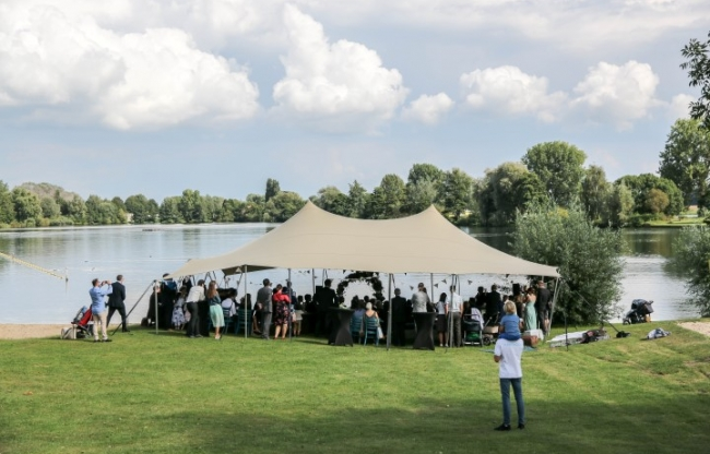Trouwen Bruiloft Riverside Gouden Ham
