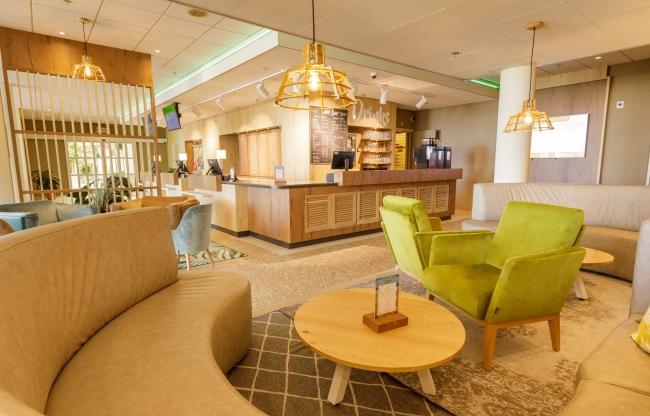 Lobby bar bij Center Parcs Park Zandvoort - Strandhotel
