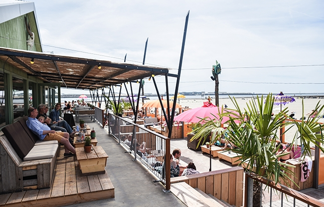 Surfvibes en hospitality komen samen bij Timboektoe