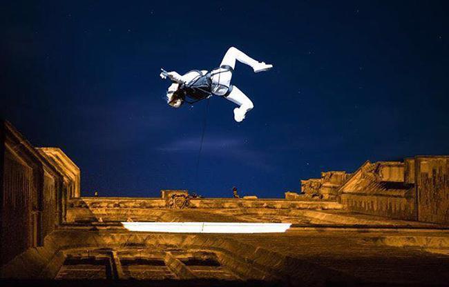 Marc van Laere tilt acrobatiek naar hoger niveau