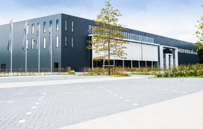 Voorkant Midden Nederland Hallen