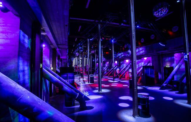 Legendarische Now&Wow Club opent deuren voor zakelijk publiek