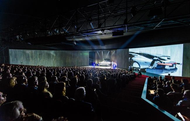 TheaterHangaar, de ideale locatie voor introductie Lightyear One