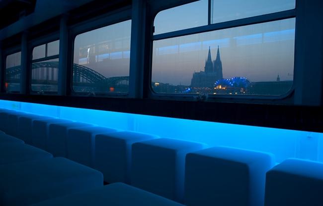 Pure-liner: varende evenementenlocatie in Nederland, België en Duitsland