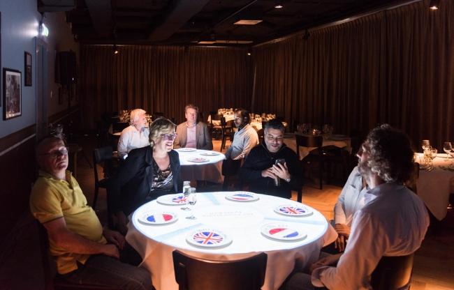 Experience filmruimte eerste verdieping. Ook voor private dining, 60 personen