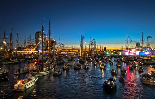 Het aansprekende decor van SAIL Amsterdam 2020