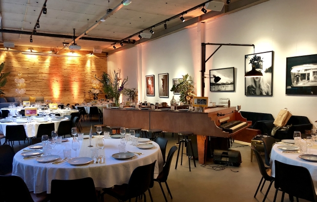 Live diner muziek vanuit The Piano Bar