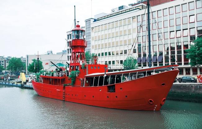 Vessel 11