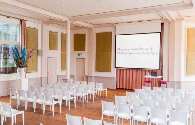 Van Warmerdam Zaal Philharmonie Haarlem theateropstelling verhuur