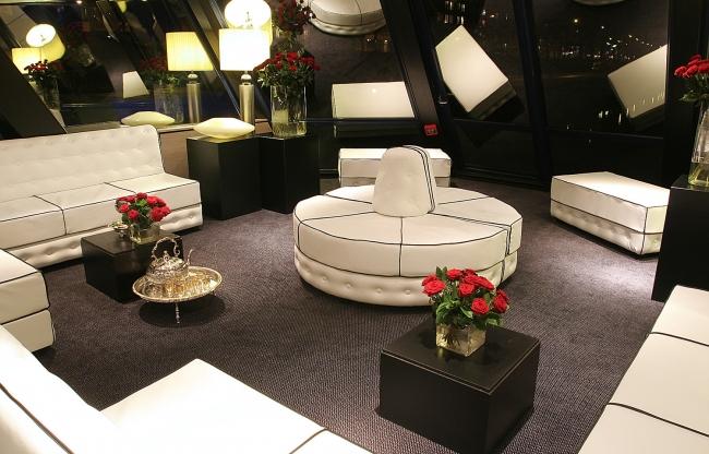Witte Lounge Jules Verne