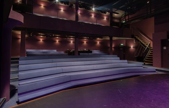 Lindenberg zakelijk verhuur Steigerzaal theaterzaal