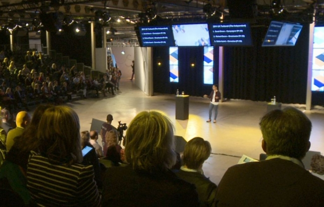 Live Media video registratie met internet streaming en weergave op LED schermen