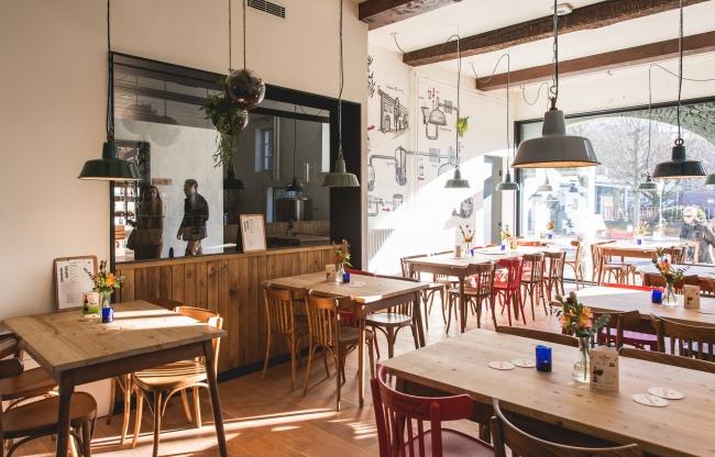 Eetcafé BrouwLokaal, 90 zitplaatsen