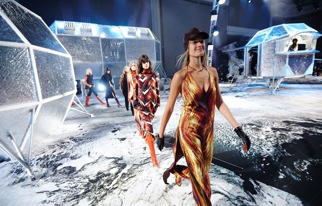 H&M show Parijs
