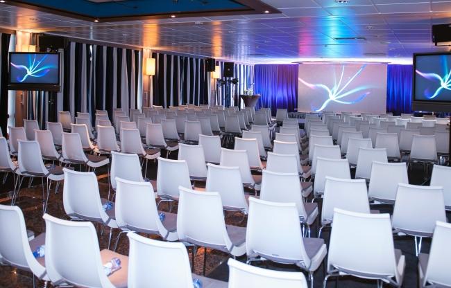 Universe Lounge presentatie Jules Verne