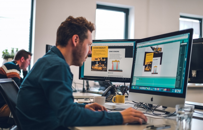 Maglr - designer werkt in de Pro Editor