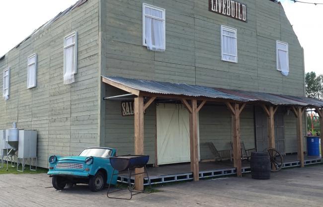 Livebuild Saloon op Mysteryland