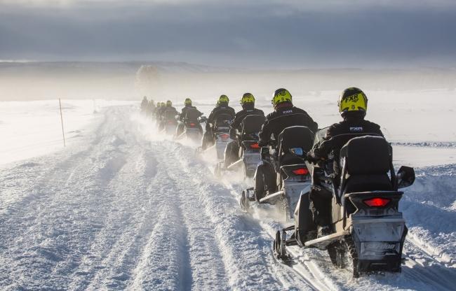 Sneeuwscooteren in Finland