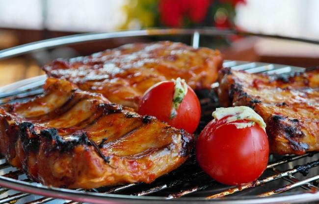 Sluit af met een heerlijk buffert, 3 gangen diner of BBQ
