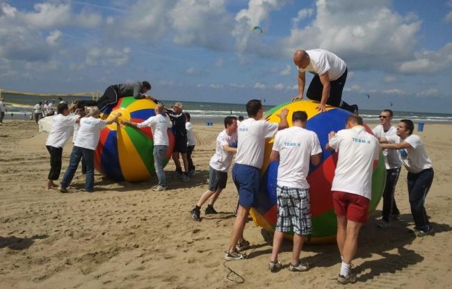strand zeskamp teambuilding