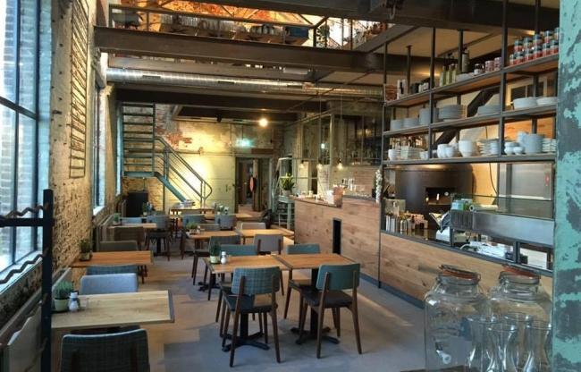 Restaurant una Volta; inpandig bij De Gelderlandfabriek